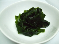 Boiled_wakame.jpg